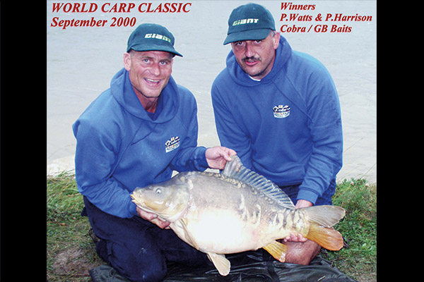 WCC00-winners-with-fish