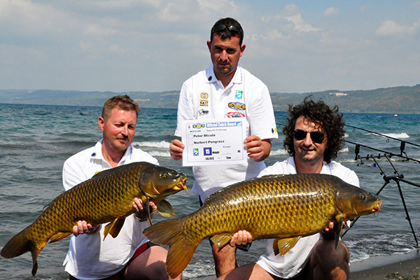 WCC12-winners-with-fish