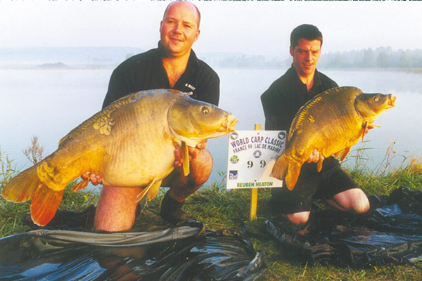 WCC99-winners-with-fish